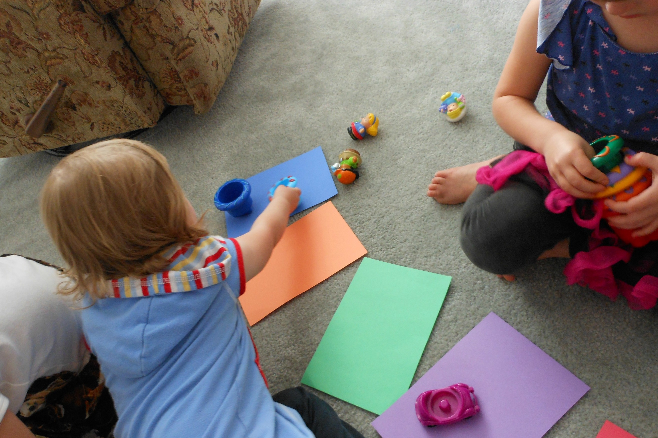 Toddler-Color-Matching-3-w