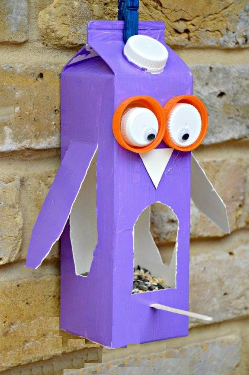 Juice-Carton-Crafts-Bird-Feeder