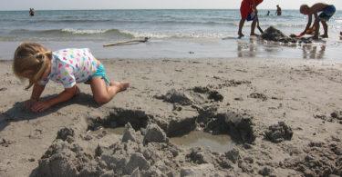 igrati u pijesku